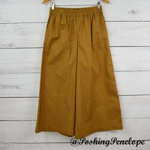WHO WHAT WEAR Gold Gaucho Culotte Crop Pants XS